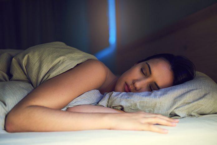 Comment les positions de sommeil affectent-elles notre corps